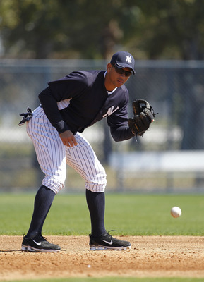 TAMPA, FL - FEBRUARY 21:  Alex Rodriguez #13 of the New York Yankees works out during the second day of full teams workouts at Spring Training on February 21, 2011 at the George M. Steinbrenner Field in Tampa, Florida.  (Photo by Leon Halip/Getty Images)
