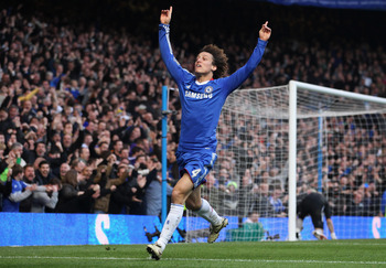 Luiz celebrating his crucial goal against Man. City