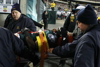 PHILADELPHIA - NOVEMBER 21:  Ellis Hobbs #31 of the Philadelphia Eagles is taken off the field on a stretcher after getting injured on a kickoff returns against the New York Giants at Lincoln Financial Field on November 21, 2010 in Philadelphia, Pennsylva