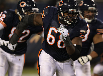 CHICAGO - NOVEMBER 28: Frank Omiyale #68 of the Chicago Bears moves to block against the Philadelphia Eagles at Soldier Field on November 28, 2010 in Chicago, Illinois. The Bears defeated the Eagles 31-26. (Photo by Jonathan Daniel/Getty Images)