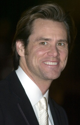 LOUISVILLE, KY - NOVEMBER 19:  Actor Jim Carrey at the Grand Opening Gala of the Muhammad Ali Center, on the red carpet of the Kentucky Center for the Arts (next door to the Ali Center) November 19, 2005 in Louisville, Kentucky. The $75 million center, wh