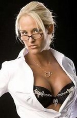 Michelle_mccool_display_image