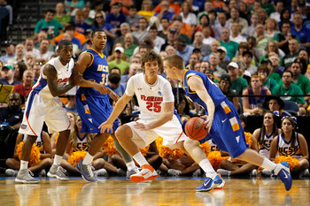 TAMPA, FL - MARCH 17:  Chandler Parsons #25 of the Florida Gators defends against the UC Santa Barbara Gauchos during the second round of the 2011 NCAA men's basketball tournament at St. Pete Times Forum on March 17, 2011 in Tampa, Florida. Florida won 79