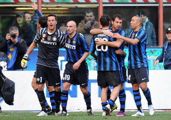 MILAN, ITALY - MARCH 20:  Players of Inter Milan celebrate after winning the Serie A match between FC Internazionale Milano and Lecce at Stadio Giuseppe Meazza on March 20, 2011 in Milan, Italy.  (Photo by Tullio M. Puglia/Getty Images)