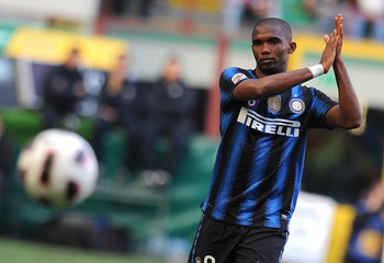 MILAN, ITALY - MARCH 20:  Samuel Eto'o of Inter Milan applauds during the Serie A match between FC Internazionale Milano and Lecce at Stadio Giuseppe Meazza on March 20, 2011 in Milan, Italy.  (Photo by Tullio M. Puglia/Getty Images)