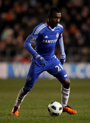 BLACKPOOL, ENGLAND - MARCH 07:  Salomon Kalou of Chelsea in action during the Barclays Premier League match between Blackpool and Chelsea at Bloomfield Road on March 7, 2011 in Blackpool, England.  (Photo by Alex Livesey/Getty Images)