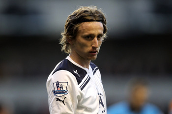 WOLVERHAMPTON, ENGLAND - MARCH 06:  Luka Modric of Tottenham looks on during the Barclays Premier League match between Wolverhampton Wanderers and Tottenham Hotspur at Molineux on March 6, 2011 in Wolverhampton, England.  (Photo by Scott Heavey/Getty Imag