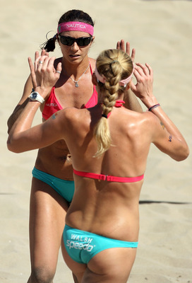 MANHATTAN BEACH, CA - SEPTEMBER 19:  Misty May-Treanor celebrates a point with Kerri Walsh during an AVP Manhattan Beach Open winner's bracket match on September 19, 2008 at the pier in Manhattan Beach, California.  (Photo by Christian Petersen/Getty Imag
