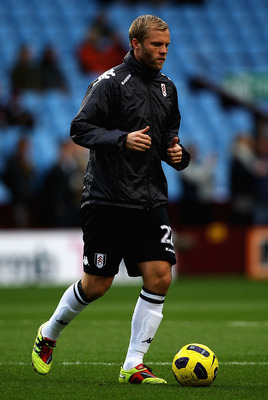BIRMINGHAM, ENGLAND - FEBRUARY 05:  Eidur Gudjohnsen of Fulham warms up ahead of the Barclays Premier League match between Aston Villa and Fulham at Villa Park on February 5, 2011 in Birmingham, England.  (Photo by Matthew Lewis/Getty Images)