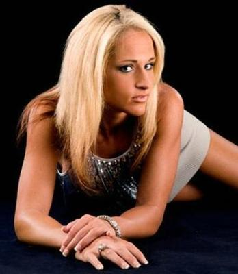 Wwe-diva-michelle-mccool-29_display_image