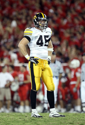 TUCSON, AZ - SEPTEMBER 18:  Linebacker Tyler Nielsen #45 of the Iowa Hawkeyes in action during the college football game against the Arizona Wildcats at Arizona Stadium on September 18, 2010 in Tucson, Arizona. The Wildcats defeated the Hawkeyes 34-27.  (