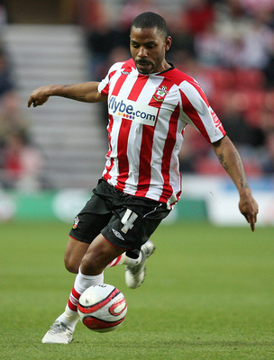 SOUTHAMPTON, ENGLAND - APRIL 20 :   Jason Puncheon of Southampton in action during the Coca-Cola League One match between Southampton and Oldham Athletic at St. Mary's Stadium on April 20, 2010 in Southampton, England.  (Photo by Jan Kruger/Getty Images)