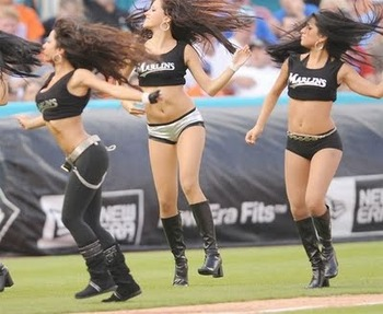 Mlb-cheerleading-23_display_image