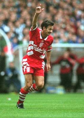 24 SEP 94:  NEWCASTLE UNITED 1 - 1 LIVERPOOL. IAN RUSH OF LIVERPOOL CELEBRATES AFTER SCORING THE TYING GOAL AGAINST NEWCASTLE UNITED TODAY DURING THE FA CARLING PREMIERSHIP.  Mandatory Credit: ALLSPORT