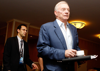 NEW ORLEANS, LA - MARCH 21: Dallas Cowboys owner Jerry Jones attends the NFL Annual Meetings at the Roosevelt Hotel on March 21, 2011 in New Orleans, Louisiana. Despite a NFL owners imposed lockout in effect since March 12 the league is conducting its ann