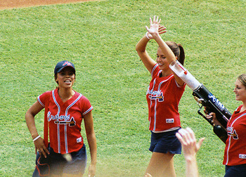Mlb-cheerleaders-6_display_image