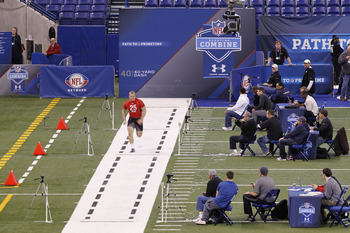 INDIANAPOLIS, IN - FEBRUARY 27:  Running back Owen Marecic of Stanford runs the 40-yard dash during the 2011 NFL Scouting Combine at Lucas Oil Stadium on February 27, 2011 in Indianapolis, Indiana. (Photo by Joe Robbins/Getty Images)