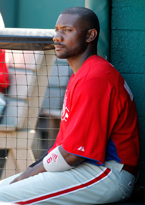 BRADENTON, FL - MARCH 12:  Infielder Ryan Howard #6 of the Philadelphia Phillies sits in the dugout during a Grapefruit League Spring Training Game against the Pittsburgh Pirates at McKechnie Field on March 12, 2011 in Bradenton, Florida.  (Photo by J. Me