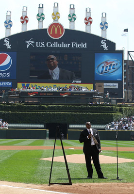 CHICAGO - AUGUST 29: Former player Frank Thomas of the Chicago White Sox speaks to the crowd as the White Sox retire his number 35 during a ceremony before a game against the New York Yankees at U.S. Cellular Field on August 29, 2010 in Chicago, Illinois.
