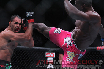 Phil-davis-antonio-rogerio-nogueira-ufn24-159-1_display_image