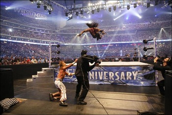 Undertaker_v_hbk_775995a_display_image