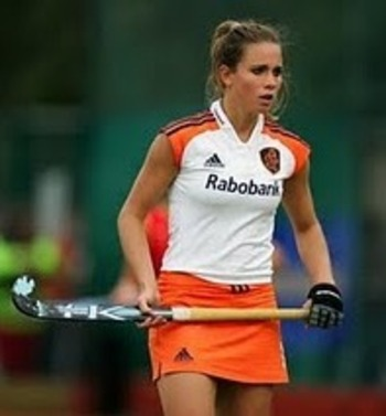 Field-hockey-skirt_original_display_image