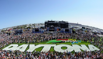 DAYTONA BEACH, FL - FEBRUARY 20:  A general view of the pre-race stage before the NASCAR Sprint Cup Series Daytona 500 at Daytona International Speedway on February 20, 2011 in Daytona Beach, Florida.  (Photo by Chris Graythen/Getty Images)