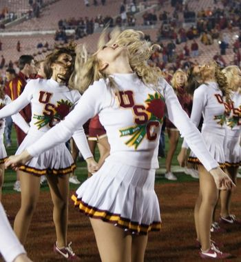 Usc-song-girls_display_image