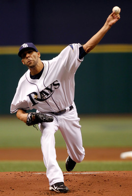 ST. PETERSBURG, FL - OCTOBER 06:  Pitcher David Price #14 of the Tampa Bay Rays pitches against the Texas Rangers during Game 1 of the ALDS at Tropicana Field on October 6, 2010 in St. Petersburg, Florida.  (Photo by J. Meric/Getty Images)