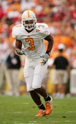 ATHENS, GA - OCTOBER 9:  Robert Meachem #3 of the Tennessee Volunteers runs against the Georgia Bulldogs at Sanford Stadium on October 9, 2004 in Athens, Georgia.  Tennessee won 19-14.  (Photo by Scott Halleran/Getty Images)
