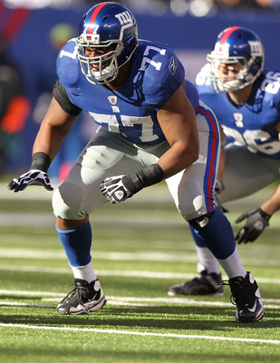 EAST RUTHERFORD, NJ - NOVEMBER 28:  Kevin Boothe #77 of the New York Giants in action against the Jacksonville Jaguars during their game on November 28, 2010 at The New Meadowlands Stadium in East Rutherford, New Jersey.  (Photo by Al Bello/Getty Images)