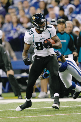INDIANAPOLIS, IN - DECEMBER 19: Marcedes Lewis #89 of the Jacksonville Jaguars runs against the Indianapolis Colts at Lucas Oil Stadium on December 19, 2010 in Indianapolis, Indiana. The Colts defeated the Jaguars 34-24. (Photo by Scott Boehm/Getty Images