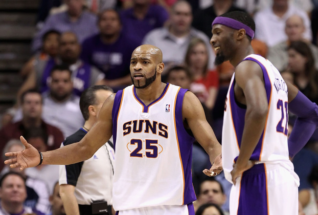 PHOENIX, AZ - MARCH 30:  Vince Carter #25 of the Phoenix Suns reacts to a foul call during the NBA game against the Oklahoma City Thunder at US Airways Center on March 30, 2011 in Phoenix, Arizona. The Thunder defeated the Suns 116-98. NOTE TO USER: User