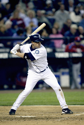 SEATTLE - JUNE 14:  Bret Boone #29 of the Seattle Mariners bats during the game with the Philadelphia Phillies on June 14 2005 at Safeco Field in Seattle Washington. The Mariners won 3-1. (Photo by Otto Greule Jr/Getty Images)