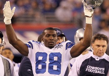 EAST RUTHERFORD, NJ - NOVEMBER 14:  Dez Bryant #88 of the Dallas Cowboys celebrates after his first quarter touchdown reception against the New York Giants was confirmed by video replay on November 14, 2010 at the New Meadowlands Stadium in East Rutherfor