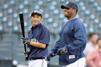 SEATTLE - SEPTEMBER 18: Ichiro Suzuki #51 of the Seattle Mariners smiles with Ken Griffey Jr. #24 during practice before the game against the New York Yankees on September 18, 2009 at Safeco Field in Seattle, Washington. (Photo by Otto Greule Jr/Getty Ima