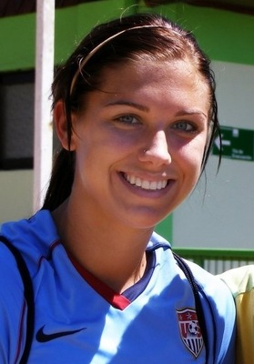 Alexmorgan3_display_image
