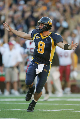 BERKELEY, CA - NOVEMBER 20:  Quarterback Aaron Rodgers #8 of the University of California, Berkeley Golden Bears celebrates during the game against the Stanford University Cardinal at Memorial Stadium on November 20, 2004 in Berkeley, California.  The Gol