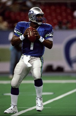20 Sep 1998:  Quarterback Warren Moon #1 of the Seattle Seahawks in action during the game against the Washington Redskins at the Kingdome in Seattle, Washington. The Seahawks defeated the Redskins 24-14. Mandatory Credit: Otto Greule Jr.  /Allsport