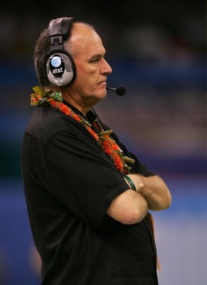 NEW ORLEANS - JANUARY 01:  Head coach June Jones of the Hawai'i Warriors looks on against the Georgia Bulldogs during the Allstate Sugar Bowl at the Louisiana Superdome on January 1, 2008 in New Orleans, Louisiana. Georgia won 41-10. (Photo by Matthew Sto