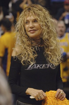 LOS ANGELES - MAY 4:  Actress Dyan Cannon attends the Los Angeles Lakers-Phoenix Suns playoff game on May 4, 2006 at Staples Center in Los Angeles, California.  (Photo by Stephen Shugerman/ Getty Images)