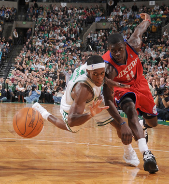 Jrue-holiday-vs-rajon-rondo_display_image