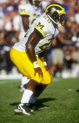 5 Sep 1998:  Ian Gold #20 of the Michigan Wolverines in action during a game against the Notre Dame Fighting Irish at the Notre Dame Stadium in South Bend, Indiana. The Fighting Irish defeated the Wolverines 36-20.