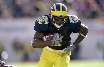 1 Jan 2001:  David Terrell #1 of the Michigan Wolverines moves with the ball during the Citrus Bowl Game against the Auburn Tigers at the Citrus Bowl in Orlando, Florida.  The Wolverines defeated the Tiger 31-28.Mandatory Credit: Andy Lyons  /Allsport