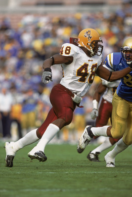 1 Dec 2001:  Terrell Suggs #48 of the Arizona State Sun Devils rumbles around the line during the Pac-10 Conference football game against the UCLA Bruins at the Rose Bowl in Pasadena, California.  The Bruins defeated the Sun Devils 52-42.Mandatory Credit:
