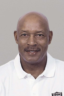 OAKLAND, CA - 2009:  Willie Brown of the Oakland Raiders poses for his 2009 NFL headshot at photo day in Oakland, California.  (Photo by NFL Photos)