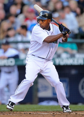 SEATTLE - JULY 22: Chone Figgins #9 of the Seattle Mariners bats against the Boston Red Sox at Safeco Field on July 22, 2010 in Seattle, Washington. (Photo by Otto Greule Jr/Getty Images)