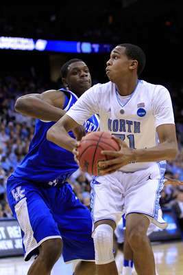 NEWARK, NJ - MARCH 27:  John Henson #31 of the North Carolina Tar Heels in action against Terrence Jones #3 of the Kentucky Wildcats during the east regional final of the 2011 NCAA men's basketball tournament at Prudential Center on March 27, 2011 in Newa