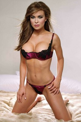 Carmen-electra_display_image