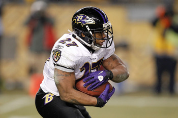 PITTSBURGH, PA - JANUARY 15:  Running back Ray Rice #27 of the Baltimore Ravens rushes against the Pittsburgh Steelers in the AFC Divisional Playoff Game at Heinz Field on January 15, 2011 in Pittsburgh, Pennsylvania.  (Photo by Gregory Shamus/Getty Image